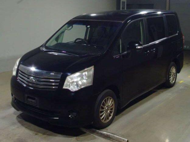 Toyota Noah 2012 full