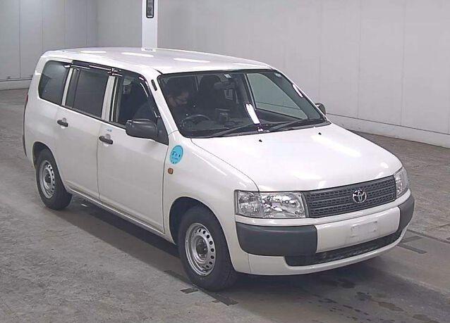 Toyota Probox Van full