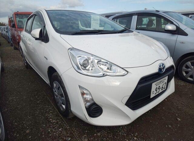 Toyota Aqua full